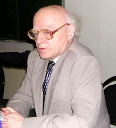 АХИЕЗЕР Александр Ильич (1911-2000) Российский учёный-физик
